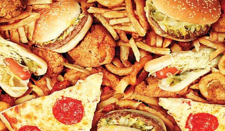 Podívejte se, jak vypadají školní jídla v různých státech